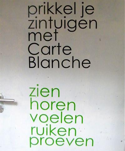 201105428_carteblanche_deurposter