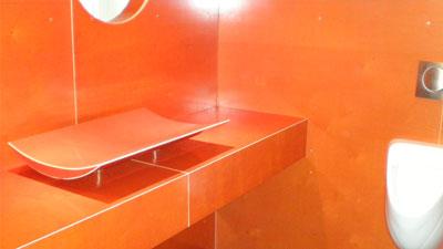 Babyverschoonplek in bezoekersruimte Paleis Soestdijk