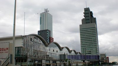 Café Rotterdam op de Kop van Zuid