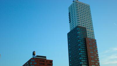 Rotterdams nieuwste wolkenkrabber 'Montevideo' kreeg ik er niet helemaal op.